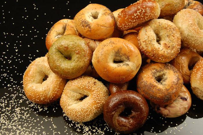 fresh-baked-bagels-4268-lg